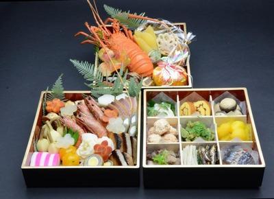 豪華三段おせち料理の画像